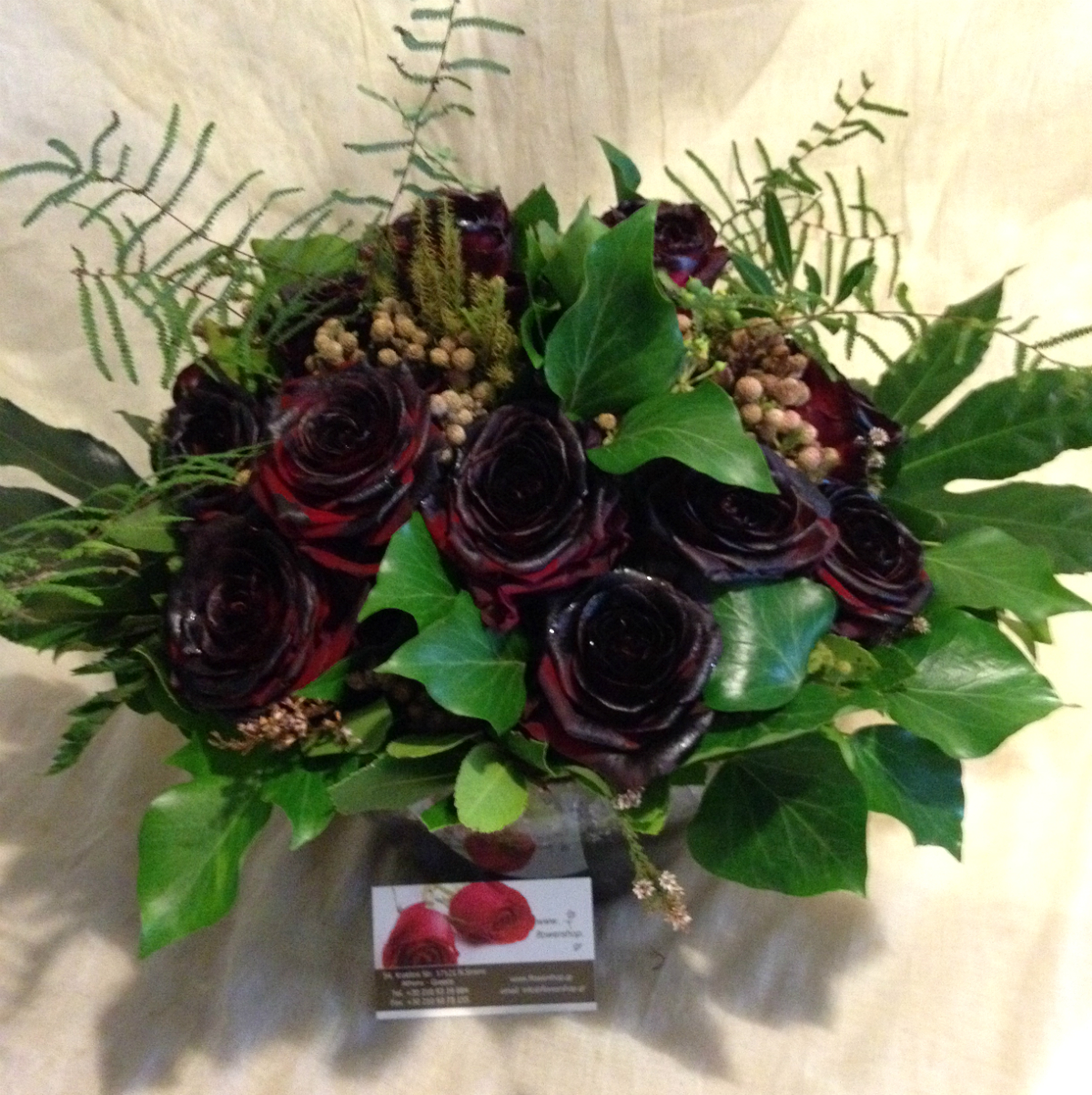 Roses Natural Black Baccara 21 Stems Very Exclusive Gift Wrapped