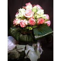 bridal roses bouquet