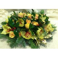 Christmas & New Year Celebrating Arrangements Flowers .Trays.