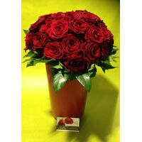 (35) red roses bouquet Extra Quality Dutch