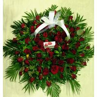 Condolences wreath EXTRA  (70 red roses)