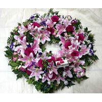 Condolences wreath EXTRA  (pink) (diam. appr 1,00m)