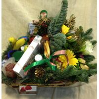 Christmas Basket ! Flowers & Delicatessen !