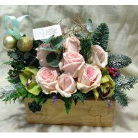 """Λουλούδια σε """"Ξύλινο Ποτ"""" με Χριστουγεννιάτικο άρωμα.. Χιονισμένα !!!"""