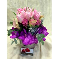 Arrangement In Glass Vase. Pink Princess !!!