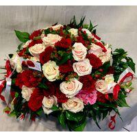 Τριαντάφυλλα Ροζ & Κόκκινα (50τεμ.) καλάθι