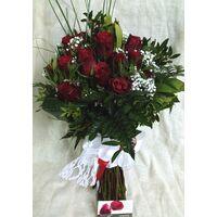 """Νυφική Ανθοδέσμη """"Κόκκινα Τριαντάφυλλα""""."""