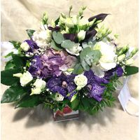 Καλάθι Με Ορχιδέες & Λουλούδια Εποχής.