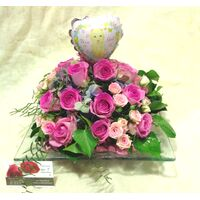 Flower Arrangement  for New Born Baby ! Roses in Glass