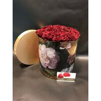 "Roses Preserved in decorative  20 cm x 20 cm ""Divine  Hatbox"". (15) heads."