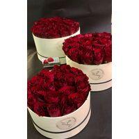 """Τριαντάφυλλα σε """"Κουτιά"""""""