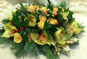 Ανθοπωλείο flowershop.gr Εορταστικές συνθέσεις Λουλουδιών σε δίσκο Χριστουγέννων & Πρωτοχρονιάς.