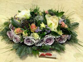 Εορταστικές συνθέσεις Λουλουδιών σε δίσκο Χριστουγέννων & Πρωτοχρονιάς.Ασημί Χρώματα !!!