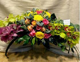 Arrow line flowers
