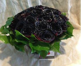 Μαύρα Τριαντάφυλλα Φυσικά (30) τεμ. Black Baccara ! Σύνθεση Σε Γυάλινο.