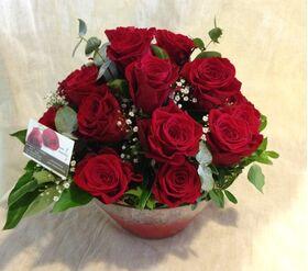 """""""Κόκκινα Τριαντάφυλλα"""" !!! (30) τεμ. Σύνθεση Σε Γυάλινο !!!"""