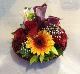 Άνθη Εποχής - Τυχαίες Ποικιλίες & Χρώματα σε Γυάλινη Φρουτιέρα