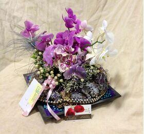 Ανθοπωλείο flowershop.gr Σύνθεση σε δίσκο με ορχιδέες φαλαίνοψις ή βάντα.+ Διακόσμηση.Exclusive!!!