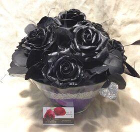 """(10) τριαντάφυλλα  με επικάλυψη """"Κεριού"""" Μαύρα Σύνθεση σε Βάζο !!! ΝΕΟ !!! Επίσης διαθέσιμα σε ροζ"""