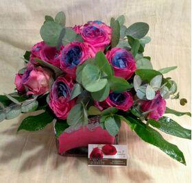 Γυάλινο βάζο με Ρομαντικά Τριαντάφυλλα