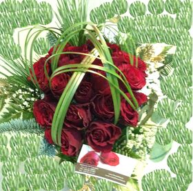 Christmas bouquet with roses and typha grass !!!