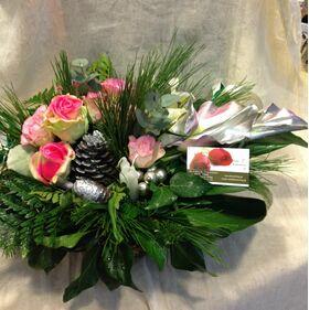 Χριστουγεννιάτικα λουλούδια & Κερωμένα τριαντάφυλλα.Έξτρα !!!