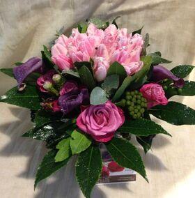 """Ανθοπωλείο flowershop.gr Χειμώνας λουλούδια σε """"Βάζο με διακοσμητική άμμο"""""""