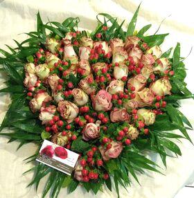 Καρδιά με τριαντάφυλλα + Αξεσουάρ διακόσμησης!!!