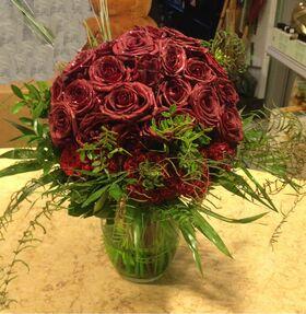 Κόκκινα τριαντάφυλλα (40) τεμ. A Ποιότητα Ολλανδικά  Σπεσιαλ σε βάζο.