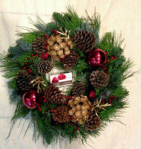 Χριστουγεννιάτικο στεφάνι με Έλατο εισαγωγής (Blue Nobilis)