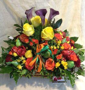 """Ανθοπωλείο flowershop.gr Χειμώνας λουλούδια σε """"Μεγάλο"""" καλάθι."""