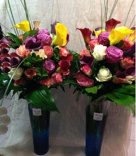 """""""Δίδυμα"""" Βάζα +35 Τριαντάφυλλα Εκουαδόρ & Ξεχωριστές Πρασινάδες !"""