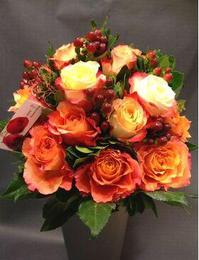 Μπουκέτο από (21) πορτοκαλί - σομον τριαντάφυλλα