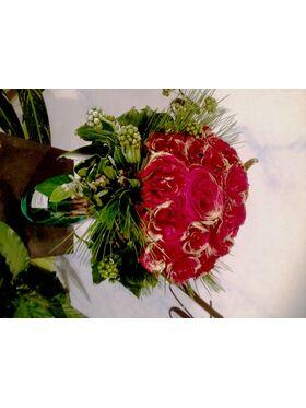 Design μπουκέτο  με (31) κόκκινα τριαντάφυλλα + Βάζο !!!