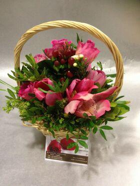 Μικρό Καλάθι Με Λουλούδια.
