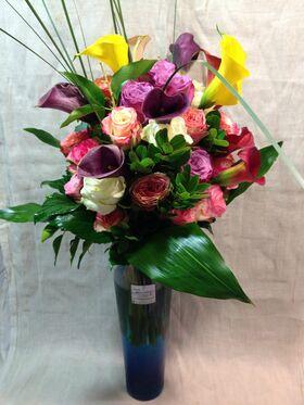 Βάζo +(35) Τριαντάφυλλα Εκουαδόρ & Σπεσιαλ Λουλούδια & Διακόσμηση