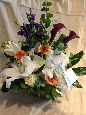 Λουλούδια Εποχής Σε Γυάλινα + Εσωτερική Διακόσμηση . Ανθοπωλείο στη Νέα Σμύρνη.