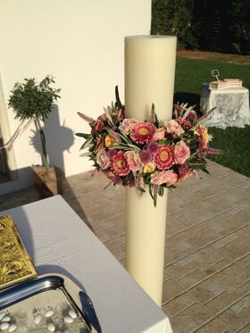Wedding flower & candles decoration country chapel