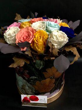"""Ανθοπωλείο. (15) βαλσαμωμένα """"4ever roses"""" τριαντάφυλλα σε """"Πολυτελές"""" κουτί 20εκ. χ 20εκ."""