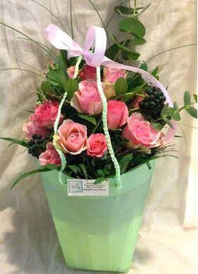 Τριαντάφυλλα Ροζ (21) τεμ. Μπουκέτο σε Τσάντα με Νερό!!!