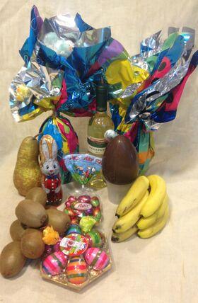 Πασχαλινή  σύνθεση. Λουλούδια, Φρούτα, Σοκολάτες, Κρασί, Αυγά !!!