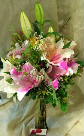 Pink or white oriental bouquet